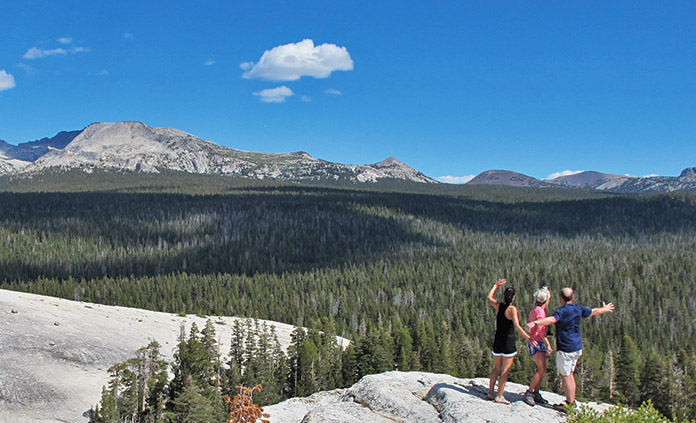Yosemite walking and hiking tours