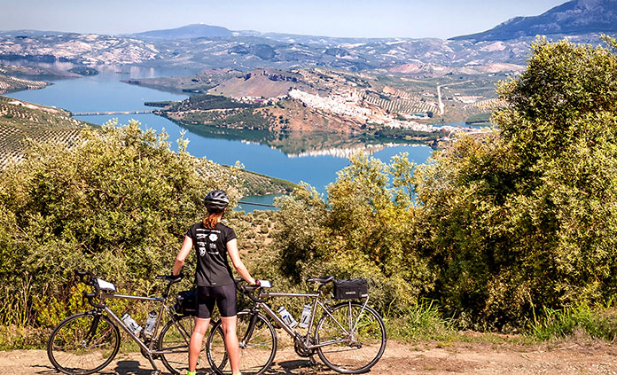 image of cycling tour of spain