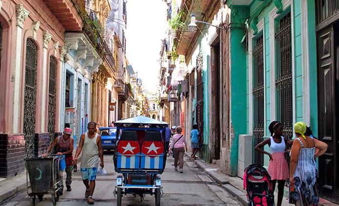 Cuba Walking Tour