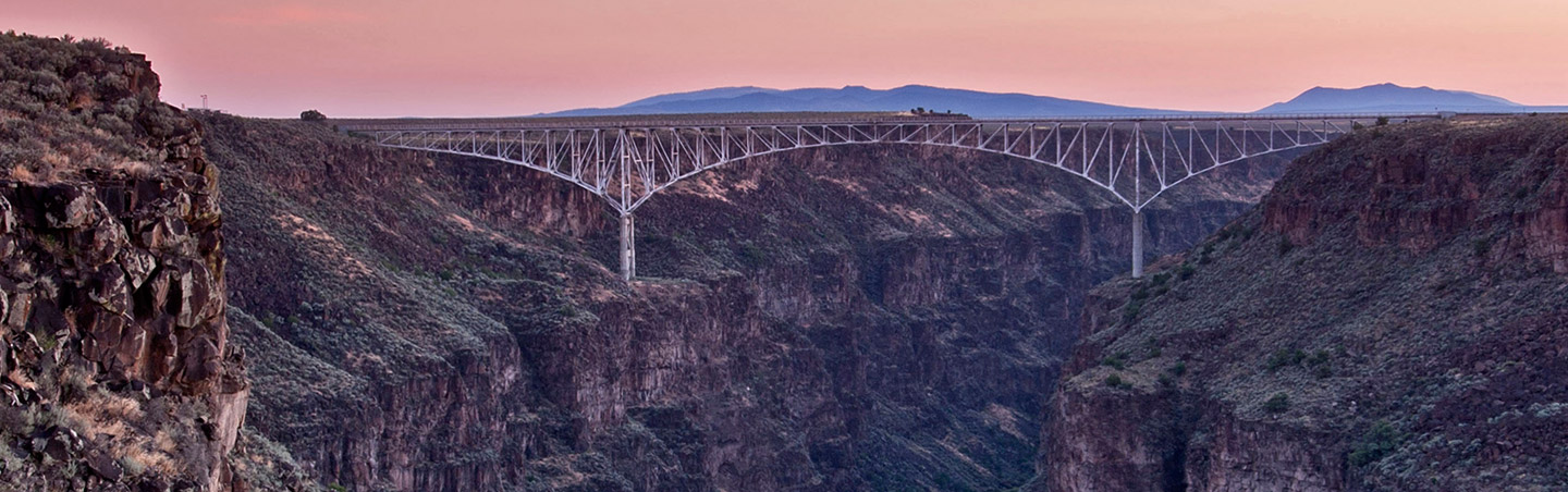 Rio Grande Gorge - Backroads Santa Fe & Taos walking and hiking tour