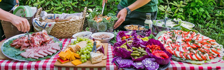 Picnic Lunch, Backroads Blue Ridge Mountains Walking & Hiking Tour