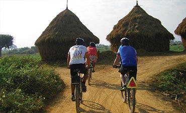 Thailand Biking Vacations