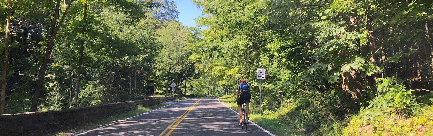 Cycling on Hudson Valley Bike Tour