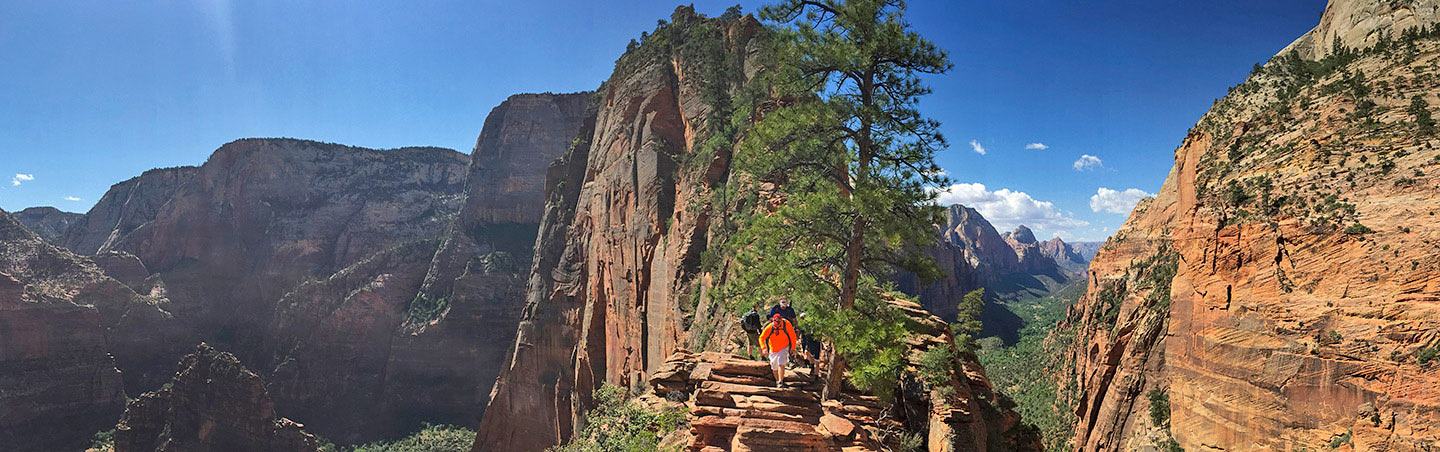 Hiking to Angels Landing - Zion National Park