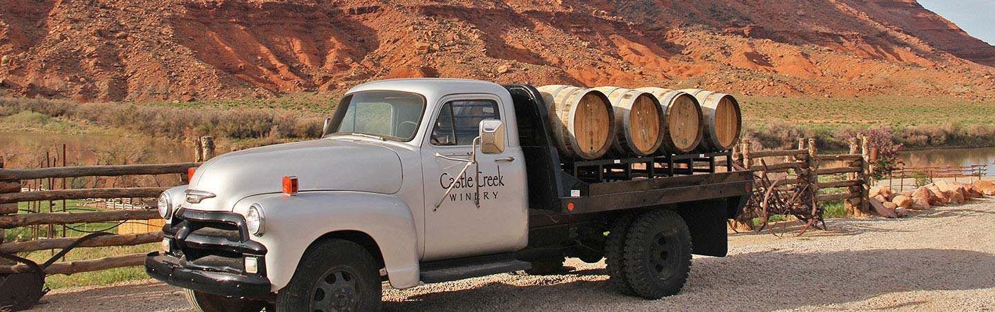Castle Creek Winery - Arches & Canyonlands to Colorado National Monument Walking & Hiking Tour