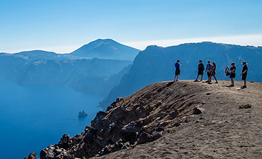 Crater Lake walking and hiking tour thumbnail