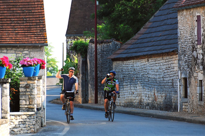 Cycling - Dordogne & Bordeaux Bike Tours