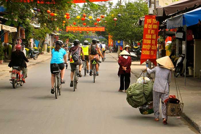 Vietnam family bike tours