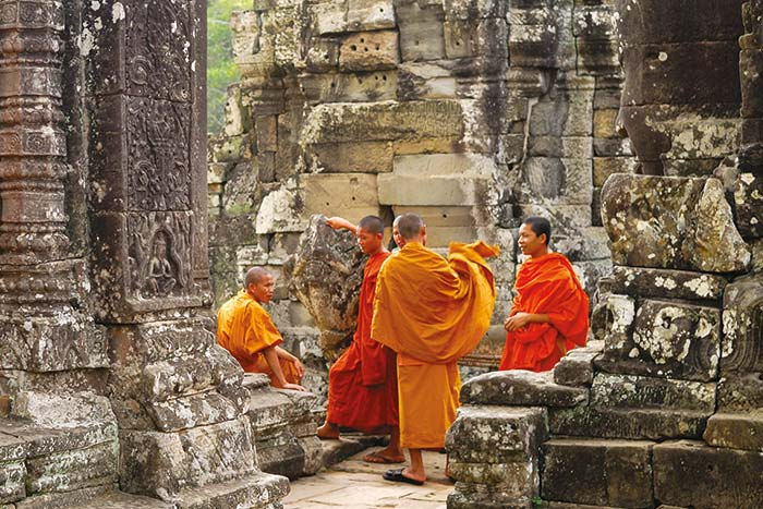Monks, Angkor Wat, Cambodia