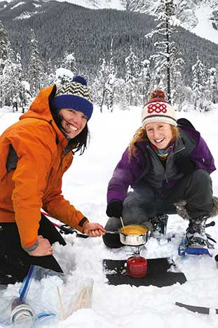 Backroads Canadian Rockies Family Snow Adventure Tour – Older Teens & 20s