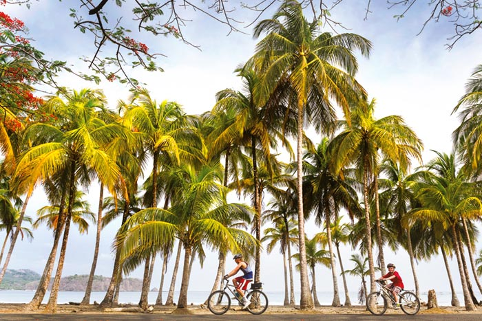 Family biking in Costa Rica