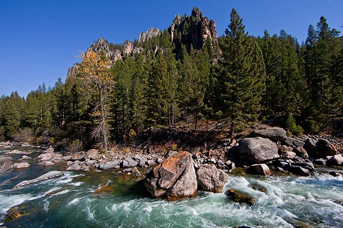 Gallatin River - Yellowstone, Tetons & Bozeman Family Multi-Adventure Tour