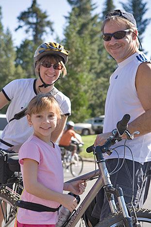 Family biking - Backroads Yosemite Family Multi-Adventure Tour