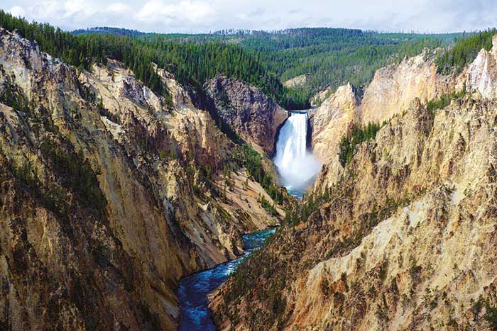 Yellowstone & Tetons Multi-Adventure Tour