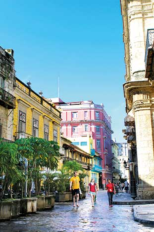 Backroads Cuba People-to-People Walking Tours