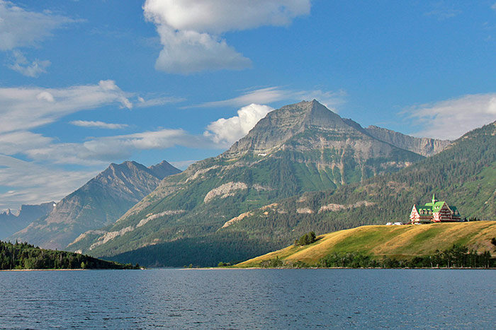 Glacier & Waterton Lakes Walking & Hiking Tour