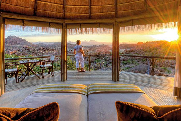 Namibia & Zimbabwe Safari Walking Tour