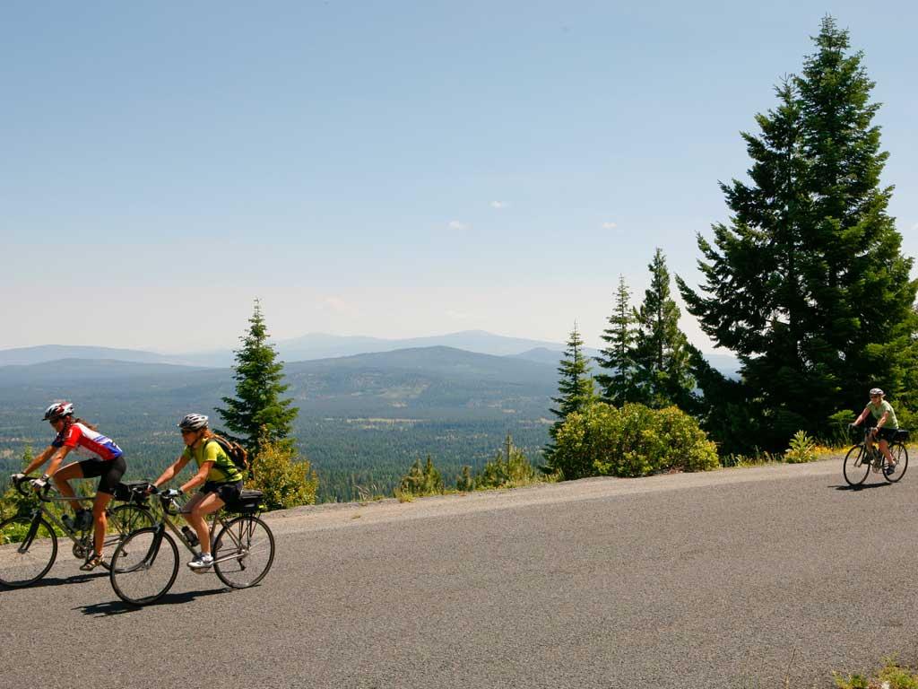 Oregon Bike Tours Crater Lake Bike Ride Biking In Bend