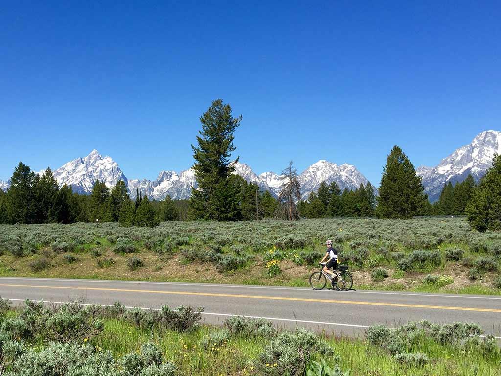 Yellowstone Biking Tour