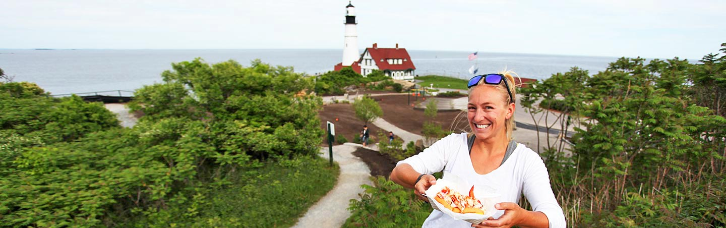 Lobster roll - Maine Walking & Hiking Tour