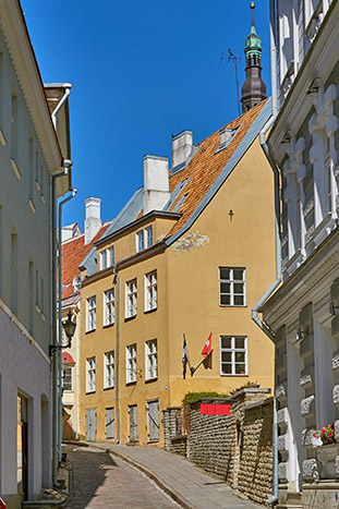Tallin, Estonia - Baltic Sea Ocean Cruise Bike Tour