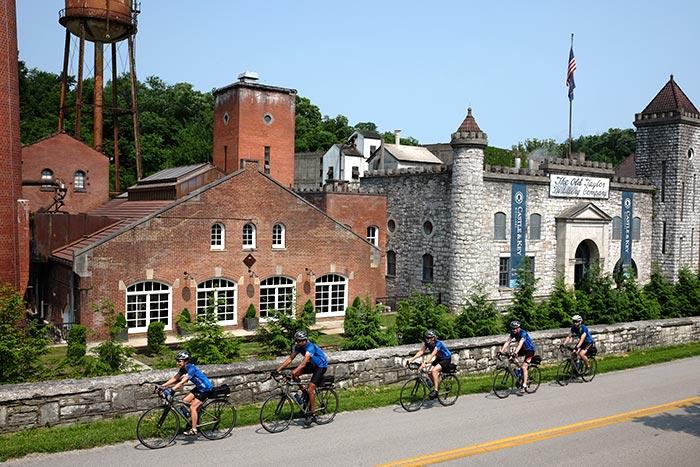 Kentucky Family Bike Tour - 20s & Beyond   Backroads