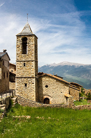 Pyrenees to Costa Brava Family Bike Tour - 20s & Beyond | Backroads
