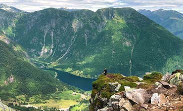 Norway Family Walking & Hiking Tour - 20s & Beyond | Backroads